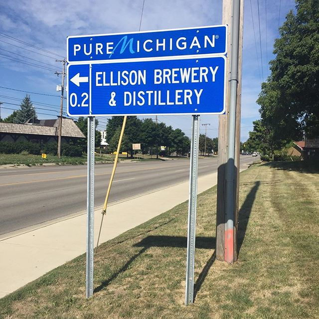 Ellison_Brewrey_Beer_Tanks